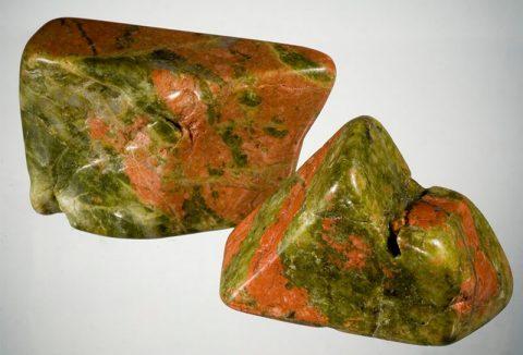 سنگ اوناکیت (Unakite)