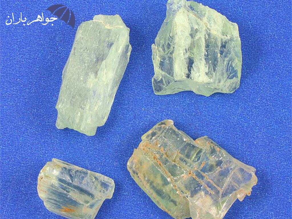 آشنایی با سنگ هیدنیت (Hidenite)