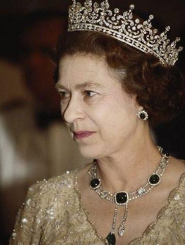گنجینه جواهرات ملکه الیزابت